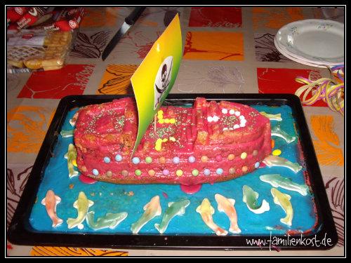piratenkuchen mit piratenschiff f r piraten kindergeburtstag. Black Bedroom Furniture Sets. Home Design Ideas
