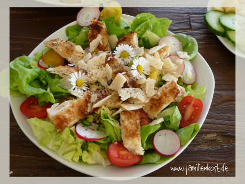 Frühlingssalat mit Zitronenvinaigrette