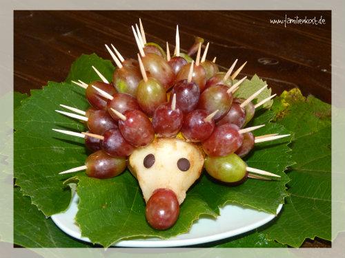 Birnenigel Mit Weintrauben Als Fingerfood Fur Kinderfeste