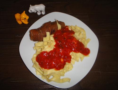 Rote Rouladen für Tomatenliebhaber