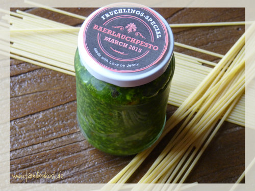 rezept selbstgemachtes b rlauchpesto mit dem thermomix. Black Bedroom Furniture Sets. Home Design Ideas
