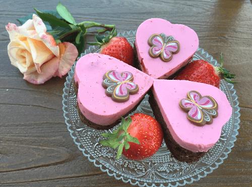 Erdbeerherzen backen