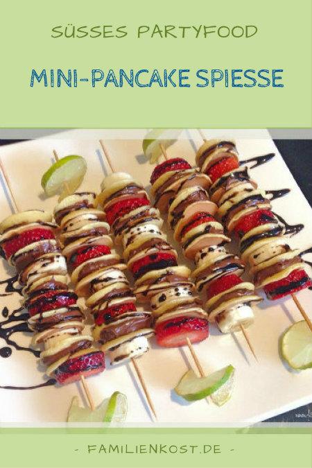 rezept mini pancakes spie e mit obst und schokolade. Black Bedroom Furniture Sets. Home Design Ideas